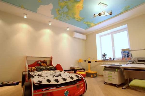 Натяжні стелі в дитячій кiмнатi