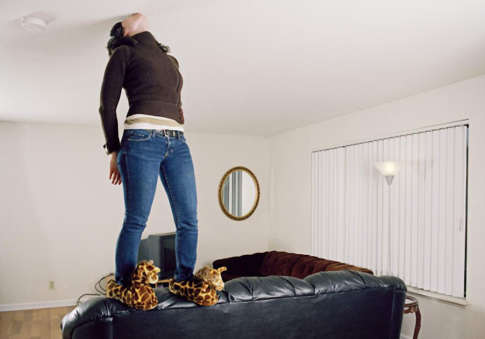 Натяжные потолки - безвредны или нет?