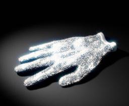 Кристаллы Сваровски и перчатка Майкла Джексона